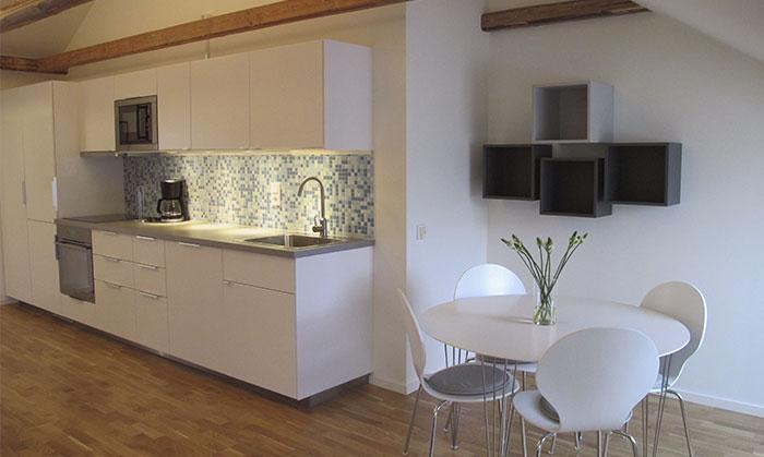 Apartments_medium_rum_stolpar